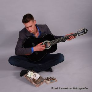 Auteur fotograaf Roel Lemstra - playing for money